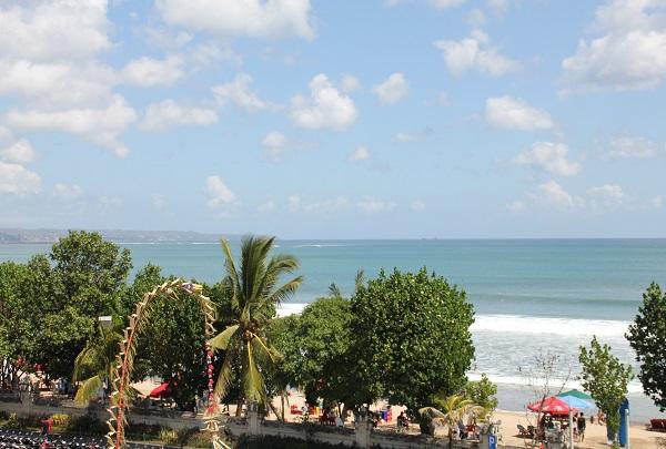 Volunteering in Bali seaside