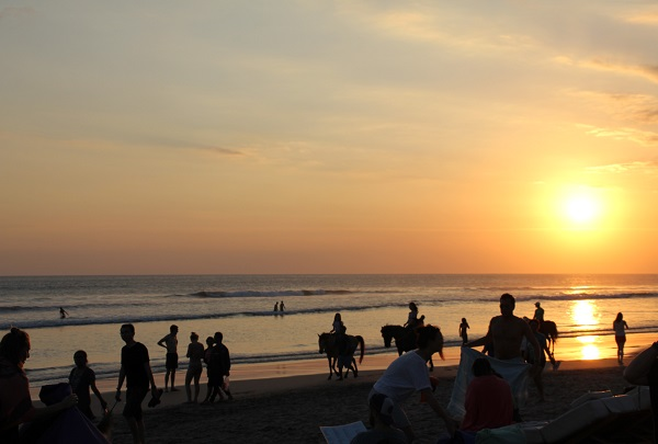 Volunteering in Bali sunset